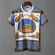 超人気美品セール中 VERSACE半袖tシャツメンズコピーヴェルサーチ スーパー コピー 綺麗なシルエット気に入りのデザイン 夏に欲しい定番