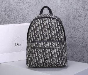 ディオール バックパック メンズ 一躍人気を集めた限定品 DIOR コピー 2020通販 大容量 モノグラム おしゃれ 品質保証