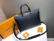 Louis Vuitton ビジネスバッグ トレンド感をキープ メンズ ルイ ヴィトン バッグ コピー ブラック 大容量 通勤 激安