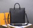 ショルダーバッグ Louis Vuitton メンズ 可愛げあるコーデがつくれる限定品 ルイヴィトン バッグ 新作 コピー 手頃価格