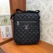 ショルダーバッグ メンズ Louis Vuitton 最旬なトレンド感溢れた限定品 ルイ ヴィトン コピー 激安 ブラック ダミエ  安い