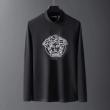 VERSACE 長袖Tシャツ メンズ 気品あるスタイルにおすすめ ヴェルサーチ コピー ブラック ホワイト ロゴいり デイリー 最高品質