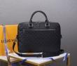 ルイヴィトン ビジネスバッグ 評判 大人らしさを詰め込む人気新作 Louis Vuitton メンズ コピー ブランド 最安値